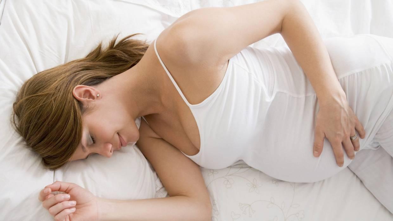 L'acupression permet-elle de soulager le mal de dos pendant la grossesse?